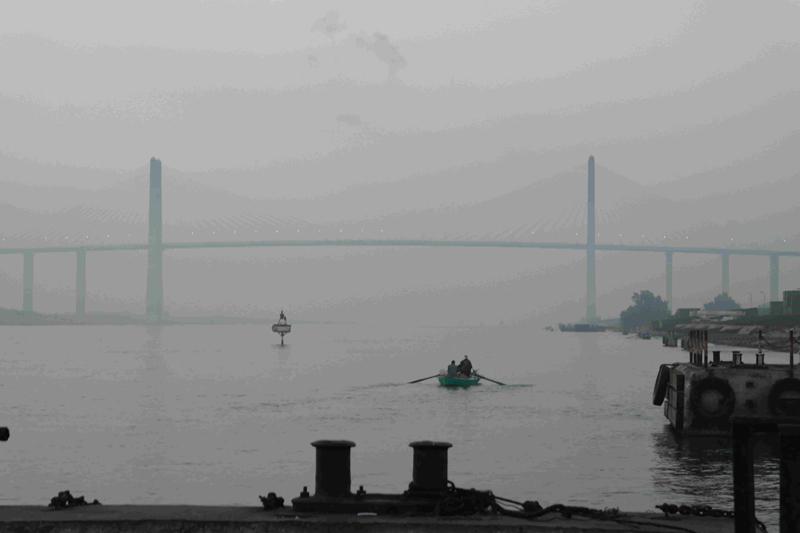 Ponte sul canale di Suez
