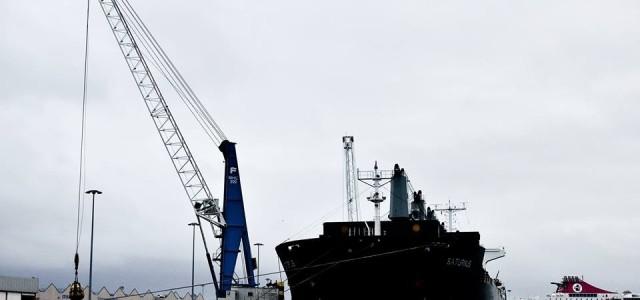 Sciopero: i portuali scaricano il porto