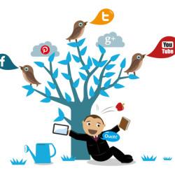 #Socializer: Siamo social, oltre a Facebook c'è di più